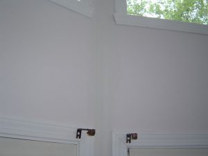 How to Fix a Cracked Drywall Seam