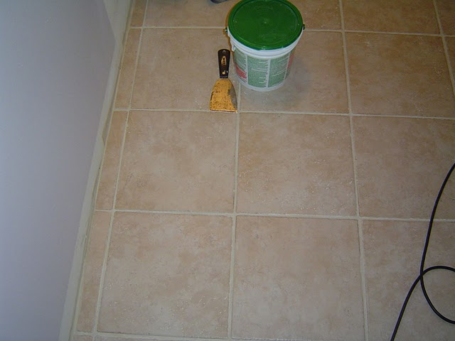 Bathroom Ceramic Floor Tile versus Linoleum Bathroom Flooring