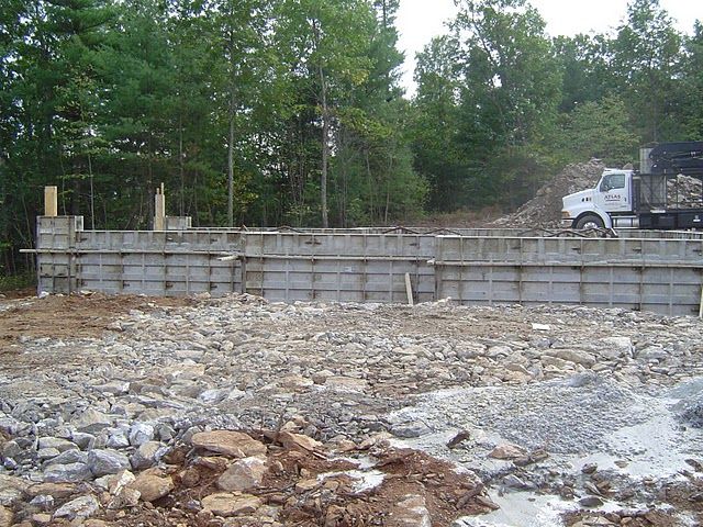 Pouring foundation walls is preferably done during warmer months.